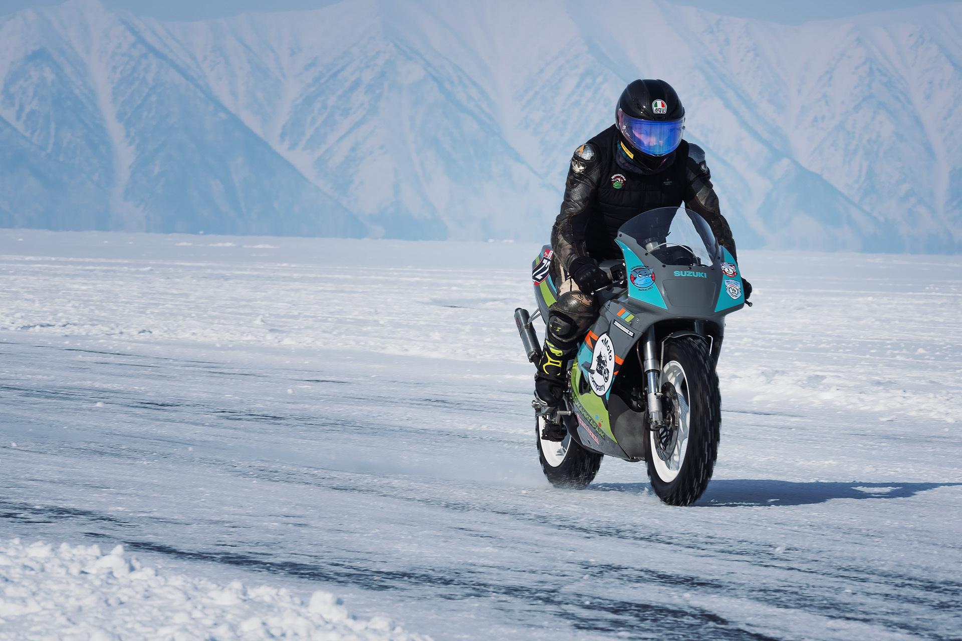Байкальская Миля 2020 - Снегоцкий Николай Сергеевич Suzuki RGV 250 Gamma VJ 22 ЧИПы и Джанк