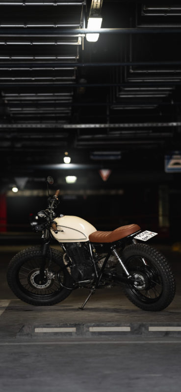 Honda CB400SS GIRL RIDER CUSTOM FLAT TRACK SCRAMBLER wallpaper for iphone