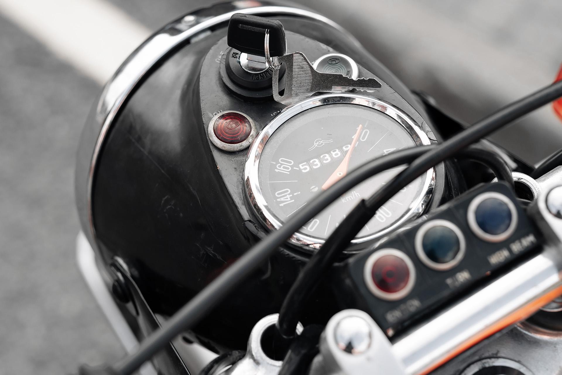 Yamaha SR400 ИЖ Планета Спорт 350